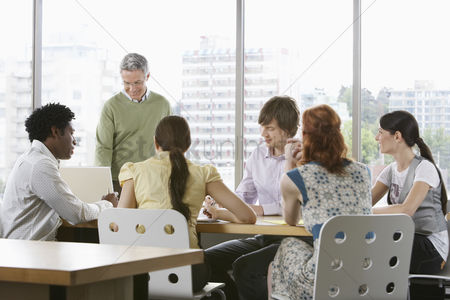 Brain : Group of business colleugues at office meeting