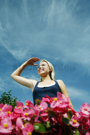 Park Outdoor : Teenage girl shielding her face