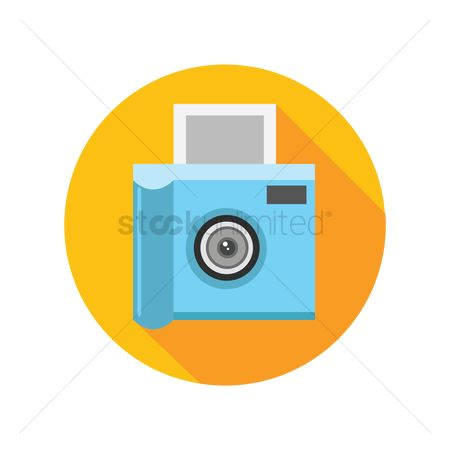 Photographers : Camera with photo