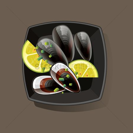 Nutritions : Mussels served in bowl