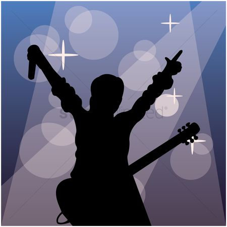 Microphone : Silhouette of a singer with a guitar