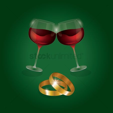 Engagements : Wine glasses with wedding rings