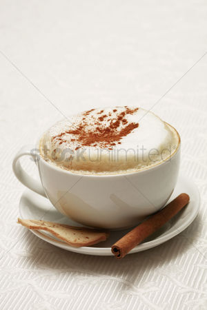Food  beverage : A cup of cappuccino