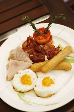 Sausage : Breakfast of bacon  eggs and ham