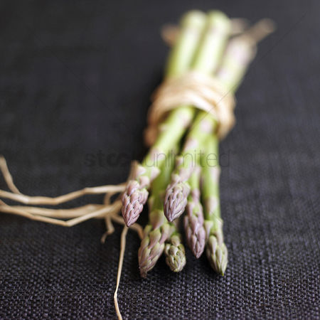 Appetite : Close up of a bundle of asparagus