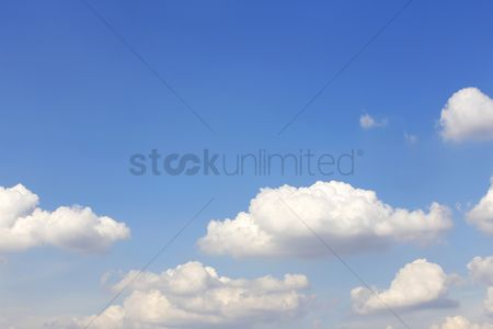 Blue background : Clouds against the clear blue sky
