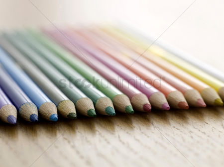 School : Colour pencils
