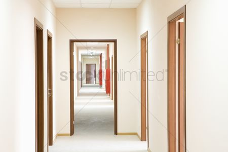 Interior : Corridor and doorframe perspective