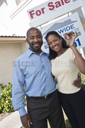 30s adult : Couple outside new home