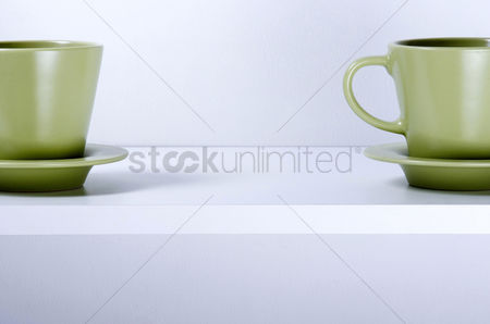 Food  beverage : Cups and saucers