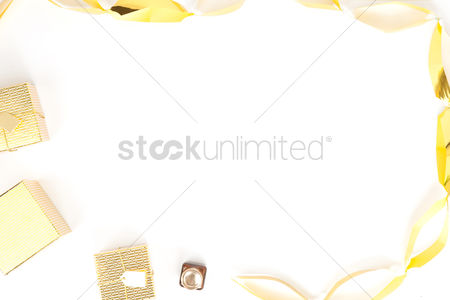 Blank : Flatlay of white background with decorations