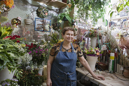 Posed : Florist in shop