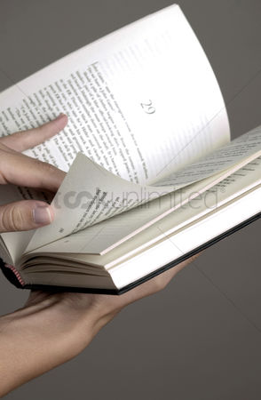 Knowledge : Hand flipping book
