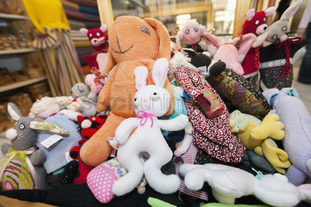 Variety : Heap of stuffed toys in gift store