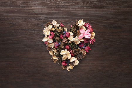 Heart shapes : Heart shaped with dried flowers