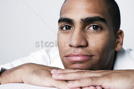 Business suit : Man staring blankly at the camera