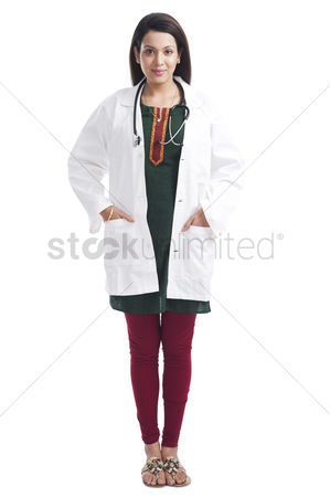 Housewife : Portrait of a female doctor smiling