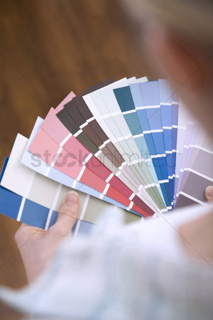 Selection : Selecting paint colour for new home
