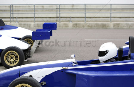Hobby : Side profile of a formula one racing car