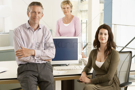 Leadership : Small group of office workers portrait