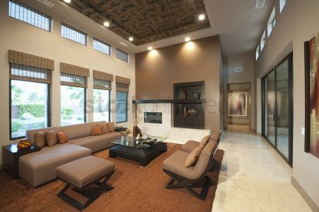Interior : Spacious living room with double height ceiling