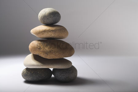 Pile : Stack of balanced pebbles