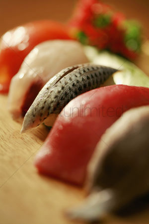 Selection : Sushi on a wooden tray