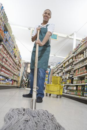 Apron : Teenage supermarket employee