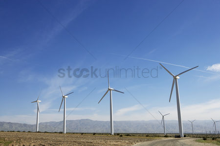 Land : Wind turbines in desert