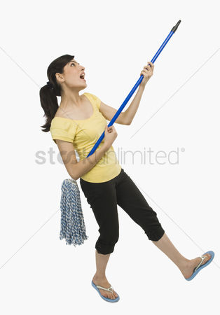 Obsessive : Woman dancing with a mop