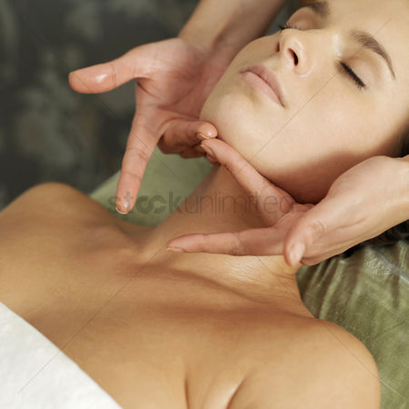 Body : Woman enjoying a relaxing body massage