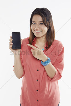 Malay : Woman holding up mobile phone