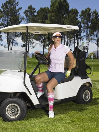 Day off : Woman in golf cart