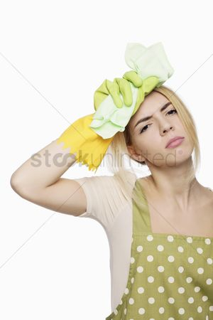 Apron : Woman looking tired