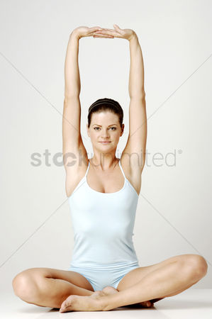 Body : Woman stretching