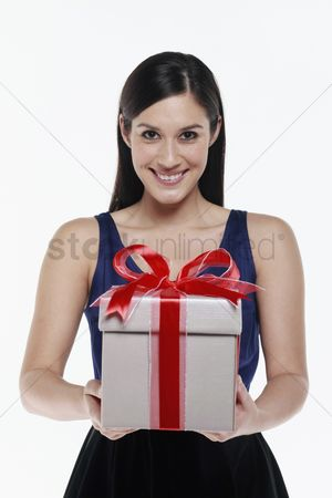 Birthday present : Woman with a box of gift