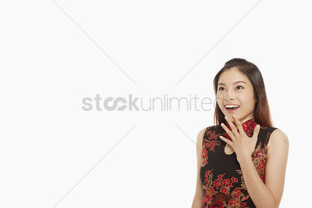 Traditional clothing : Woman with a surprised look