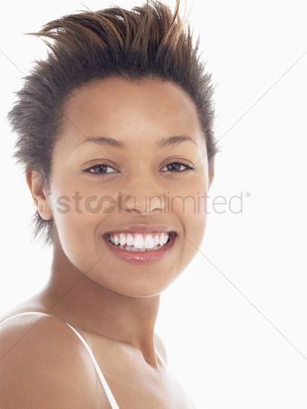 Smile : Young woman smiling portrait